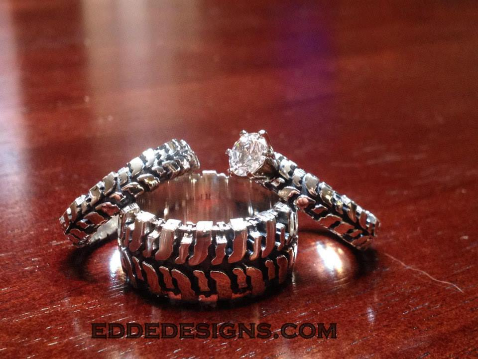 Tire tread wedding ring set mini bridal for Super swamper bogger wedding ring